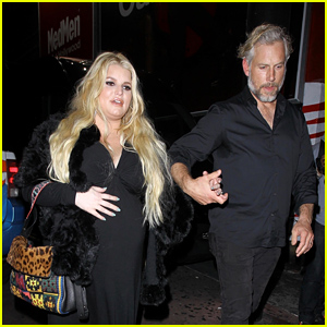 Pregnant Jessica Simpson & Husband Eric Johnson Attend Ashlee Simpson & Evan Ross Concert at The Roxy!