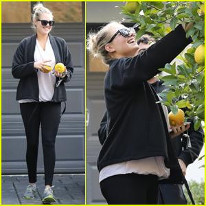 Kate Upton Picks Lemons In Her