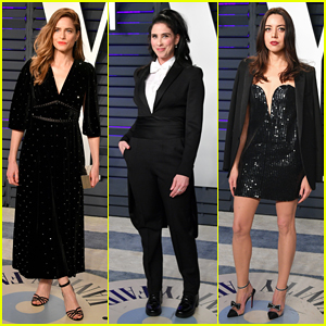 Amanda Peet, Sarah Silverman & Aubrey Plaza Put On Their Best  at Vanity Fair's Oscars Party