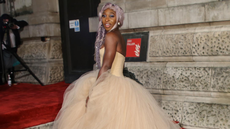 Baftas 2019: Cynthia Erivo Has A Princess Moment On BAFTAs Red Carpet