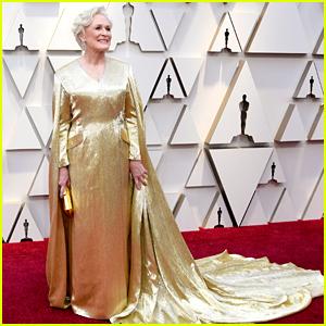 e6ddbfd0 Glenn Close Wears a Gold Cape on Oscars 2019 Red Carpet | 2019 ...