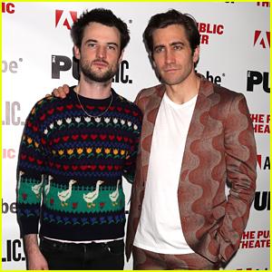 Jake Gyllenhaal & Tom Sturridge Open Off-Broadway Show 'Sea Wall/A Life' in NYC!