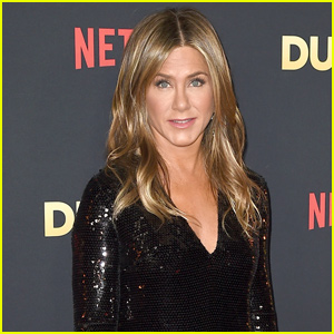 Jennifer Aniston's Flight to Cabo San Lucas Makes Emergency Landing