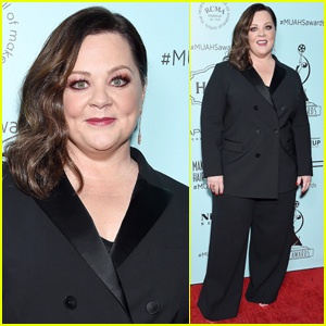 Melissa McCarthy Steps Out in Style for Makeup Artists & Hair Stylists Guild Awards 2019