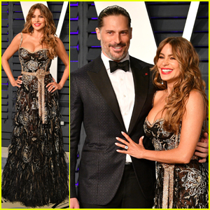 Sofia Vergara & Joe Manganiello Are One Hot Couple at Vanity Fair's Oscars Party
