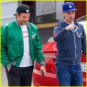 Bradley Cooper Hangs Out with Freddie Prinze Jr in Brentwood!