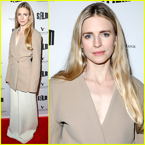 Brit Marling & 'The OA' Director Reveal How Part II is Different