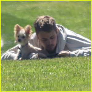 Justin Bieber Brings Adorable Pup Oscar to the Park