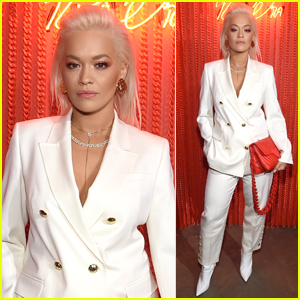 bb22a2f9814 Rita Ora strikes a pose as she arrives at the Escada X Rita Ora Launch  Party on Wednesday night (March 27) in New York City.