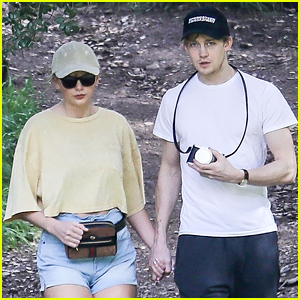 Taylor Swift & Joe Alwyn Hold Hands While Hiking in L.A.