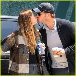 Chris Pratt & Katherine Schwarzenegger Share a Kiss in WeHo