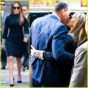 Jennifer Lopez & Alex Rodriguez Share a Kiss While Out in NYC