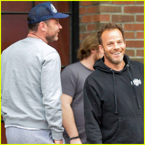 Liev Schreiber Bumps Into Stephen Dorff After in NYC