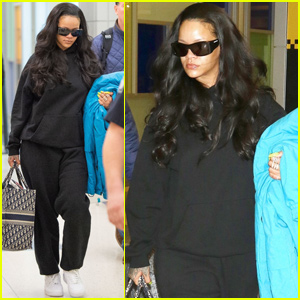 Rihanna Keeps It Casual While Arriving in New York City!