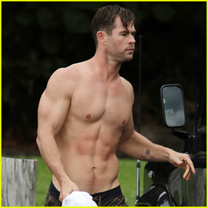 Chris Hemsworth Bares Incredible Body While Shirtless After Surfing!