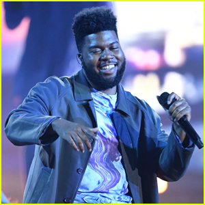 Khalid Performs 'Talk' & 'Better' at Billboard Music Awards 2019!