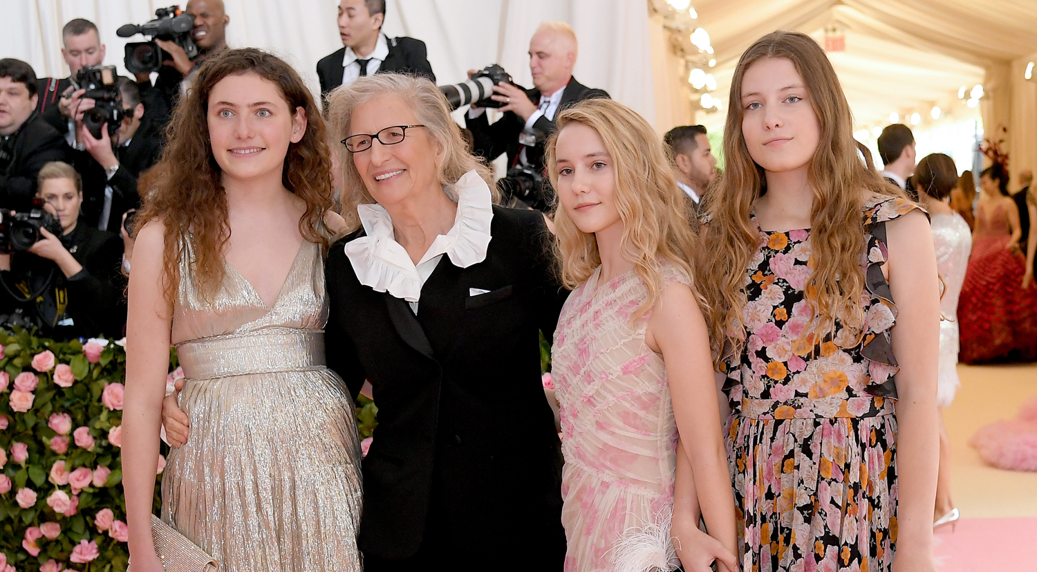 Photographer Annie Leibovitz Brings Daughters To Met Gala