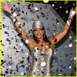 Rihanna & LVMH Announce Fenty Fashion Label - See Her Logo!
