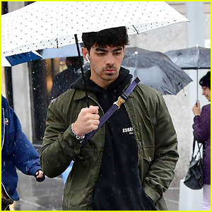 Joe Jonas Heads To Yoga in the Rain in NYC