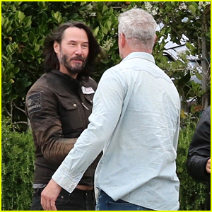 Keanu Reeves Runs Into Eric Dane While Hanging with Friends