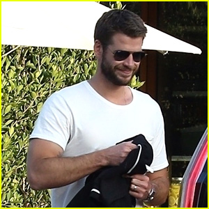 Liam Hemsworth Grabs Pre-Father's Day Meal With Family
