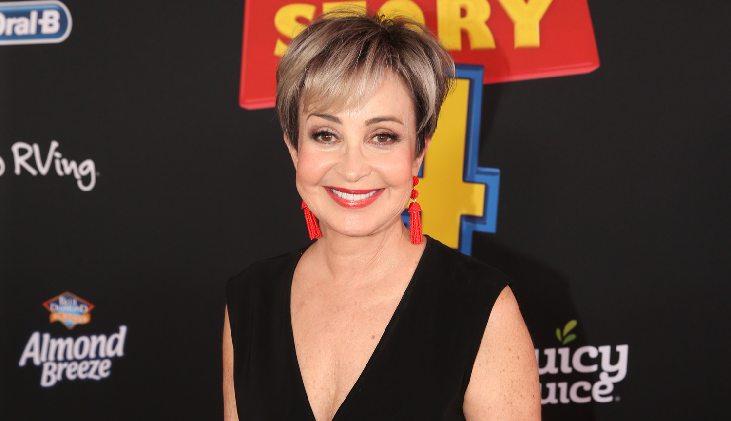 Will Annie Potts Return for 'Ghostbusters 3?' | Annie ...