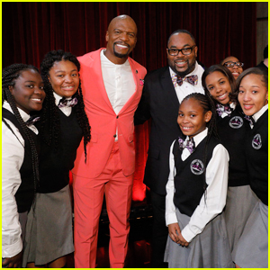 Terry Crews Gives Golden Buzzer to Detroit Youth Choir on