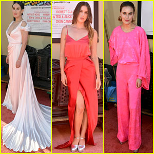 Rumer Willis Gets Support From Sisters at 'Once Upon a Time in Hollywood' Premiere