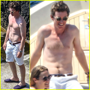 Eddie Redmayne Goes Shirtless, Shows Off Toned Body in Italy