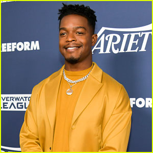 Stephan James is Returning to Amazon's 'Homecoming'