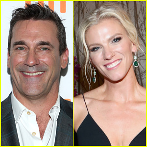 Jon Hamm & Ben Affleck's Ex Lindsay Shookus See Broadway Show Together!