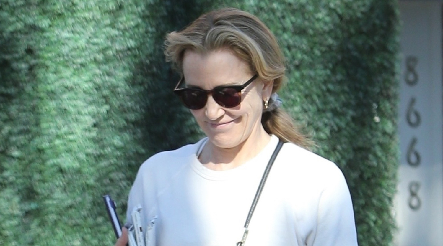 Felicity Huffman Enjoys Visit at the Salon in Beverly Hills