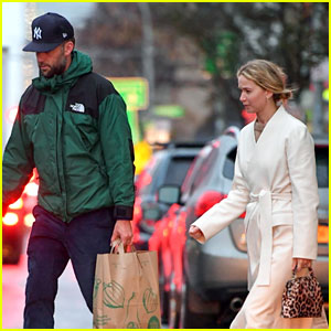 Jennifer Lawrence Flashes Wedding Ring While Out with Husband Cooke Maroney