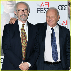 Jonathan Pryce & Anthony Hopkins Buddy Up at 'The Two Popes' Premiere