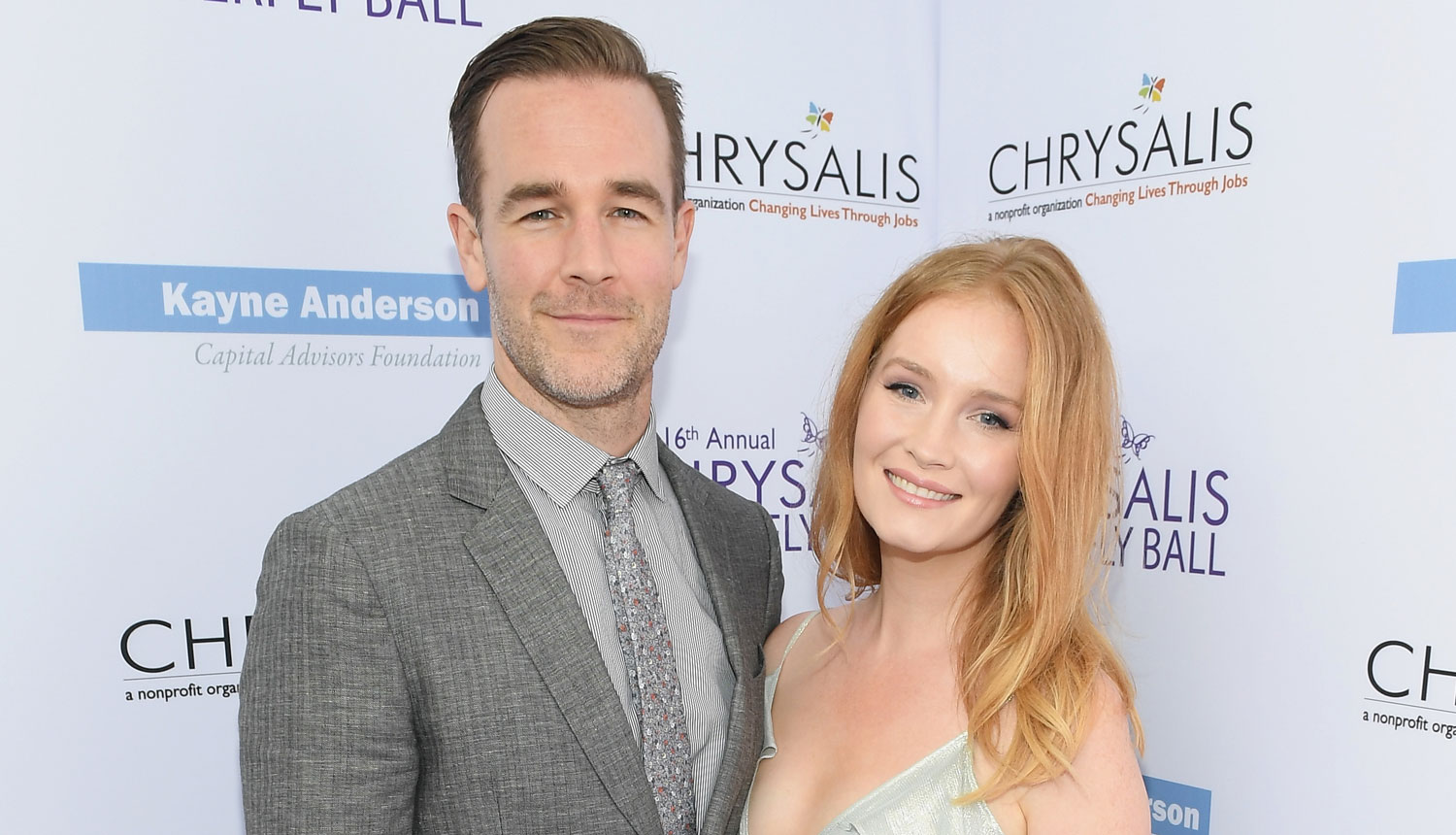 James Van Der Beek Tearfully Reveals He & Wife Kimberly Lost Their Baby
