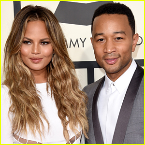 Chrissy Teigen Reveals the Exact Expletives She Yelled on the 2015 Grammys Red Carpet From That Viral Moment!