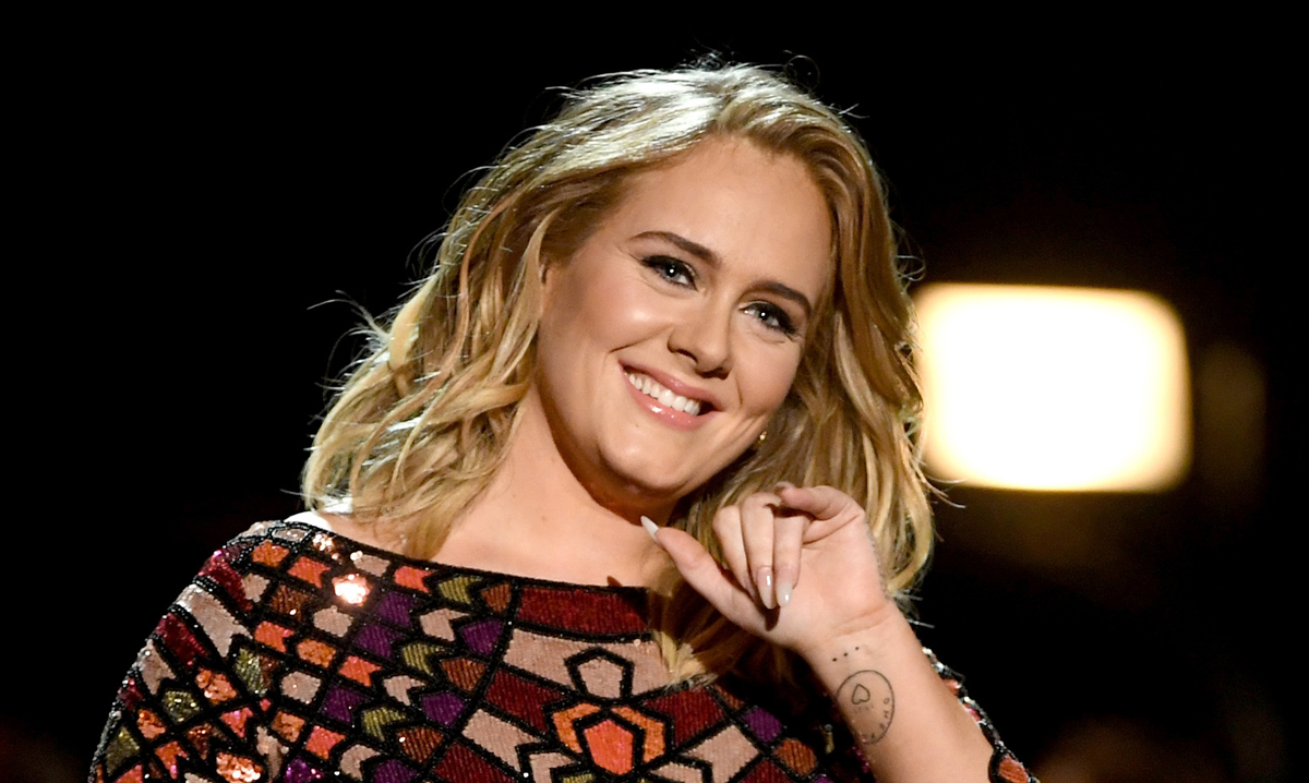 Adele Poses in Rare Appearance at Beyonce & Jay-Z's Oscars 2020 Party – See the Pic!
