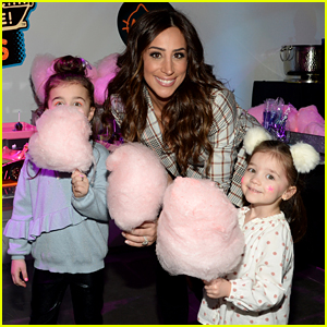 Danielle Jonas Has Sweet Night Out With Daughters Alena & Valentina!