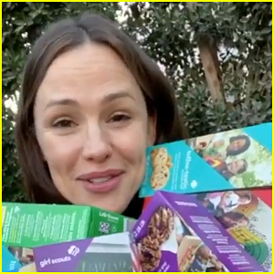 Jennifer Garner Offers Girl Scout Cookie Orders for Fans Again!