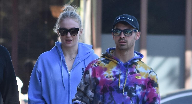 Joe Jonas & Pregnant Sophie Turner Grab Breakfast in Studio City