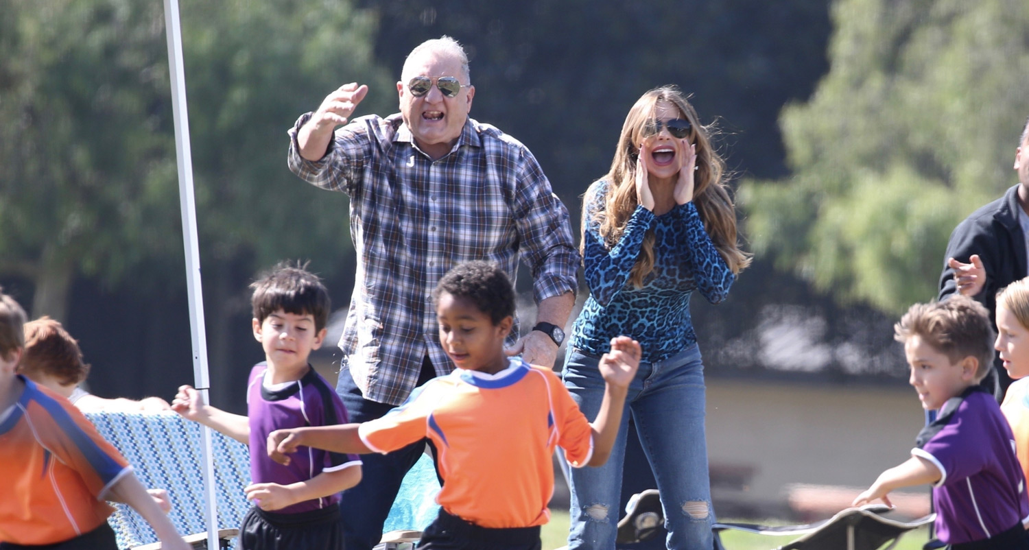 These Are Likely the Last 'Modern Family' Set Photos We'll Ever See