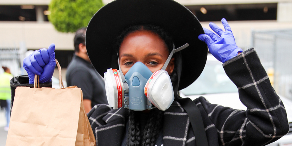Janelle Monae Gives Away 10,000 Lunches To Those In Need During #Wondalunch Drive