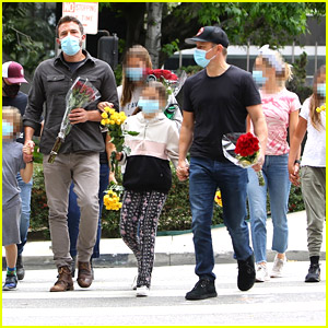 Ben Affleck, Matt Damon, & Their Kids Pay Respects at a Breonna Taylor Memorial in L.A.