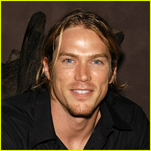 Sex and the City's Jason Lewis Looks So Different Today - See His Rugged Look!