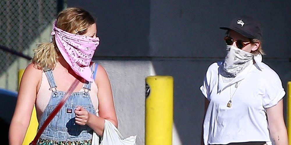 Kristen Stewart Picks Up Something Fun From The Store in LA
