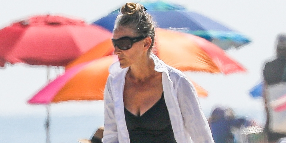 Sarah Jessica Parker Enjoys a Day at the Beach on the Fourth of July