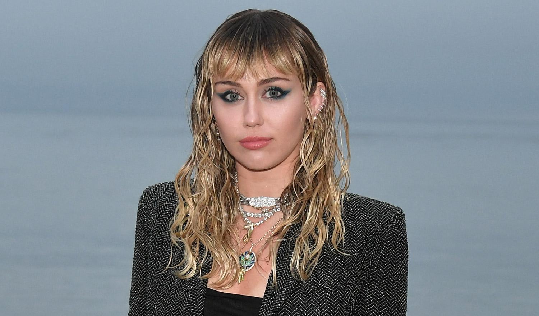 Miley Cyrus' 'Midnight Sky' – Lyrics & Song Meaning