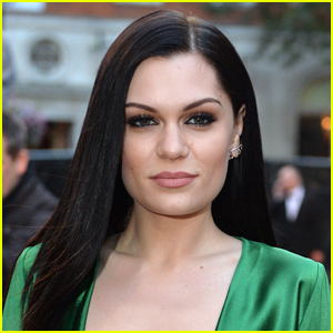 Jessie J Documents Her New Haircut - See the New 'Do!