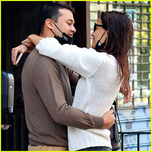 Katie Holmes Makes Out with Emilio Vitolo Jr. Outside His Family's Restaurant