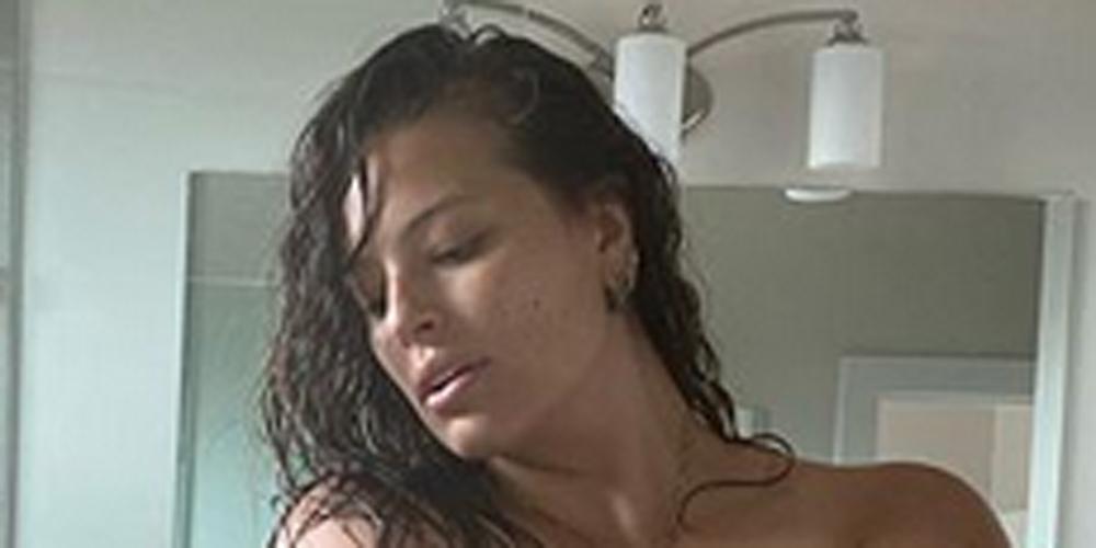 Ashley Graham shares nude selfie on Instagram: I love my
